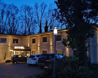 Hotel am Springhorstsee - Burgwedel - Gebouw