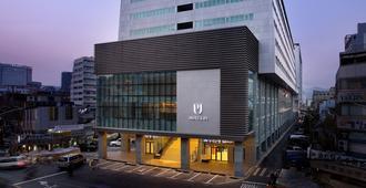 Hotel Pj Myeongdong - Seúl - Edificio