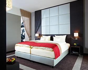 Lindner Nürburgring Congress Hotel - Nuerburg - Bedroom
