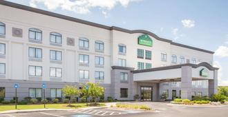 Wingate by Wyndham Savannah Airport - Savannah - Κτίριο