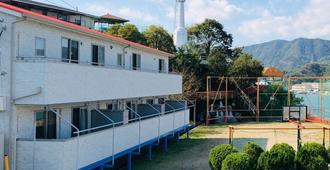 Sea Side Hostel Light House - Onomichi