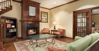 Country Inn & Suites Houston Iah Airport - Χιούστον - Σαλόνι