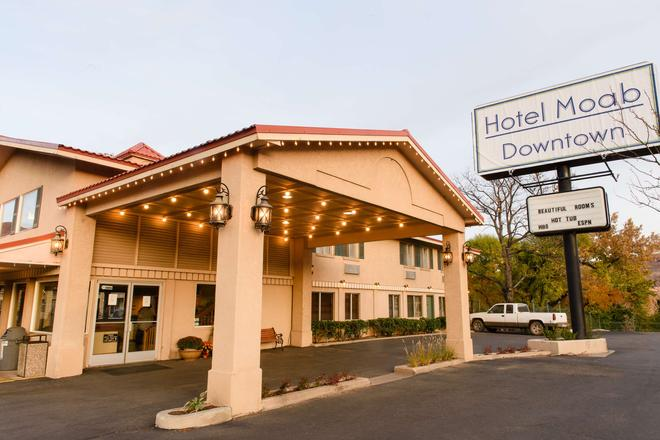 Hotel Moab Downtown - Moab - Building