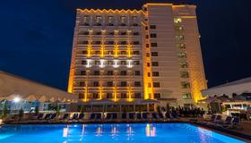 Best Western Plus Khan Hotel - Αντάλια - Κτίριο