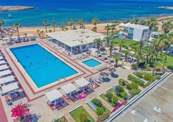 Dome Beach Hotel and Resort - Ayia Napa - Uima-allas