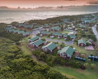 Pine Lodge Resort - Port Elizabeth - Außenansicht