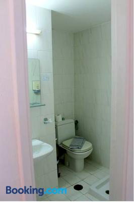 Hotel Savoy - Rhodes - Bathroom