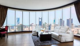 Royal Phoenicia Hotel - Manama - Living room