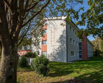 Bergers Airporthotel Memmingen - Memmingen - Gebäude
