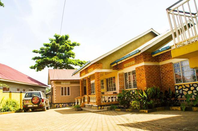 Keba Inn - Entebbe - Building