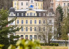 Apartments Central Park Marienbad - Mariánské Lázně - Edificio