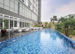 Veranda Hotel @ Pakubuwono by Breezbay Japan - Jakarta Sud - Piscine