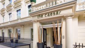 Caesar Hotel - London - Gebäude