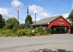 Sturbridge Host Hotel & Conference Center - Sturbridge - Rakennus
