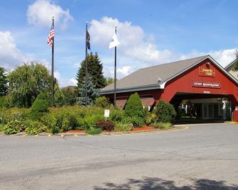 Sturbridge Host Hotel & Conference Center - Sturbridge - Gebouw