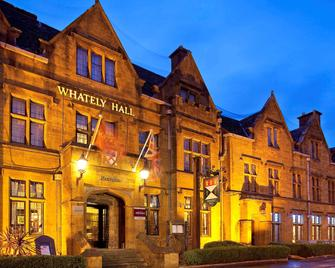 Mercure Banbury Whately Hall Hotel - Banbury - Building