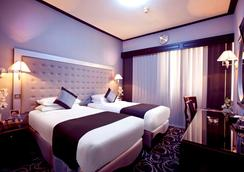 Broadway Hotel - Dubai - Bedroom