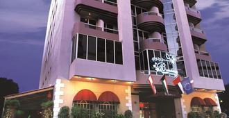 فندقبرودواي - دبي - مبنى