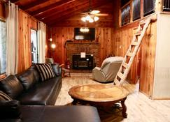 Holiday Hide Away Cabin - Payson - Sala de estar