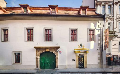 Hotel Elite - Prague - Building