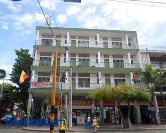 Gran Hotel El Cedro - Girardot - Gebäude