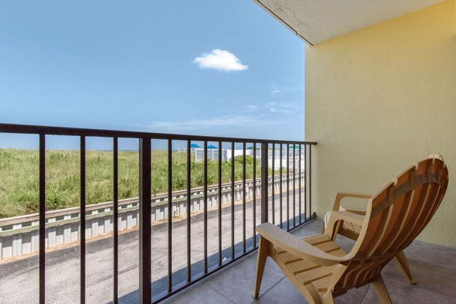 Quality Inn Carolina Oceanfront - Kill Devil Hills - Balkon