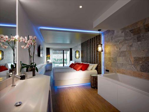 伊維薩硬石酒店 - 桑特霍塞普德薩塔萊阿 - 普拉亞登博薩 - 浴室