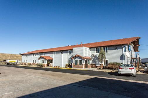 Rodeway Inn - Cheyenne - Toà nhà