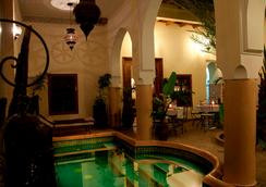 Riad Les Trois Palmiers El Bacha - Marrakech - Uima-allas