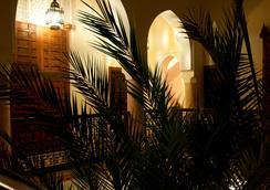 Riad Les Trois Palmiers El Bacha - Марракеш - Вид снаружи