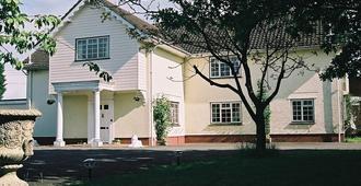 Newmans Hall - Sudbury - Edificio