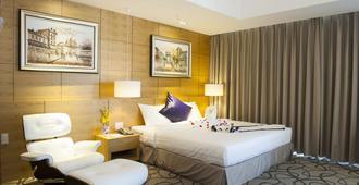 Iris Hotel - קאן ת'ו