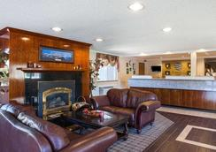 Comfort Inn - Kirkland - Lobby