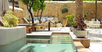 Pepi Boutique Hotel (Adults Only) - Réthymno Town - Hàng hiên