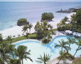 Shangri-La's Mactan Resort & Spa - Cebu City - Pool