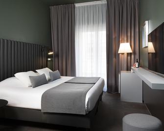 Hotel Diana Dauphine - Straßburg - Schlafzimmer