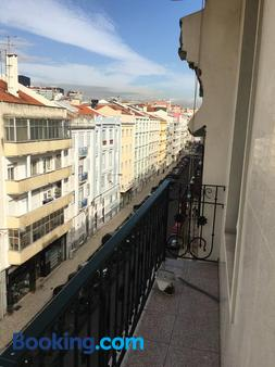 Hotel Do Chile - Lisbon - Balcony