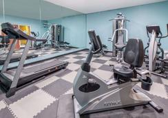 Baymont by Wyndham Lubbock West - Lubbock - Gym