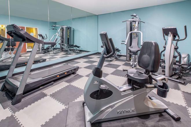 Baymont by Wyndham Lubbock West - Lubbock - Gym