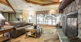 Bluegreen Vacations Christmas Mountain Village, an Ascend Resort - Wisconsin Dells - Sala de estar