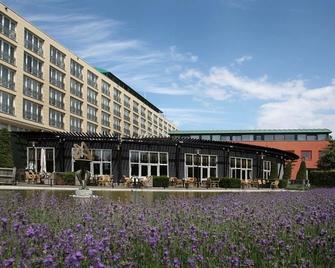 Van der Valk Hotel Maastricht - Maastricht - Gebouw