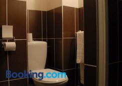 布列塔尼酒店 - 里昂 - 浴室