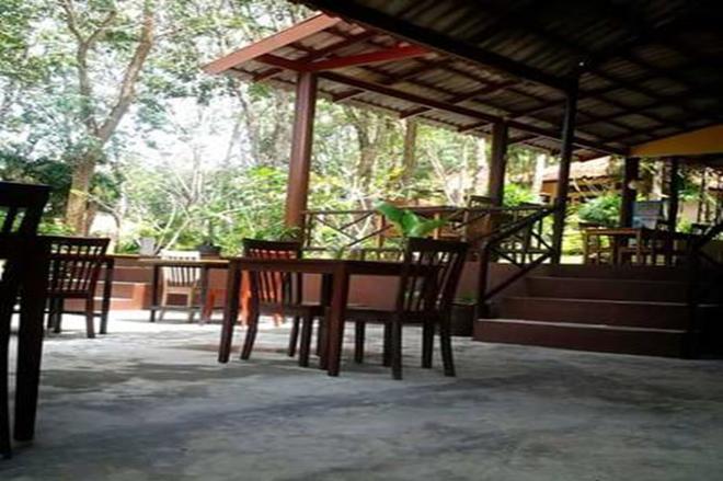 Koh Mook Rubertree Bungalow - Ko Muk - Patio