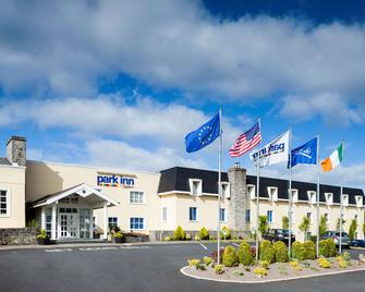 Park Inn by Radisson Shannon Airport - Shannon - Edificio