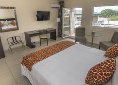 New Brookfields Hotel - Фрітаун
