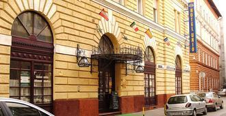 City Hotel Unio - Budapest - Edificio