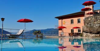 Hotel Arancio - Ascona - Piscina