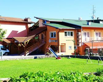 Bed and Breakfast Mreznica House DP - Duga Resa - Edificio
