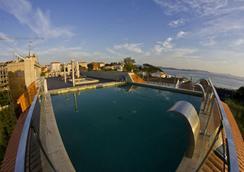 Hotel Royal Nayef - Pontevedra - Piscina
