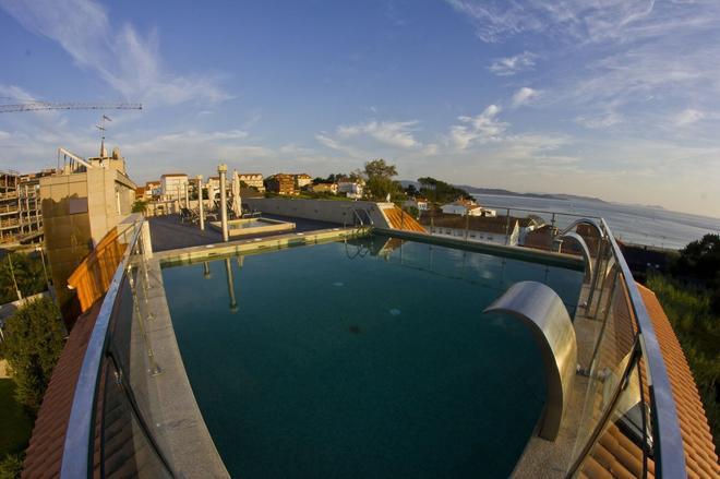 Royal Nayef Hotel - Pontevedra - Pool
